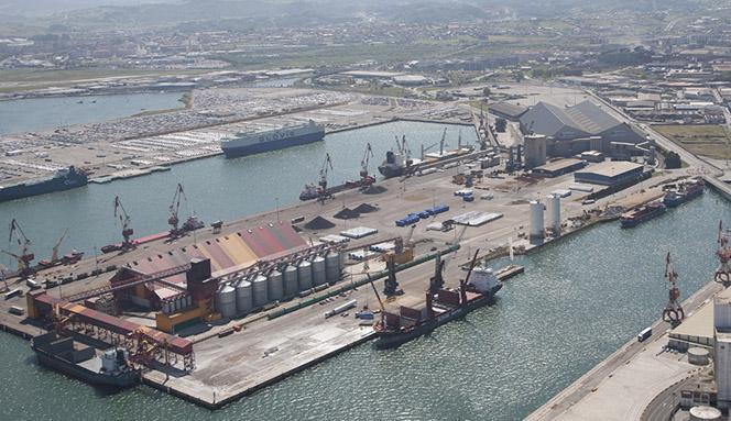 Santander_00_Vista área puerto -
