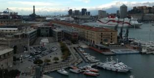 Genova_00_Porto Antico Magazzini Lanterna