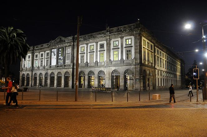 Porto_00_Edifício histórico da universidade