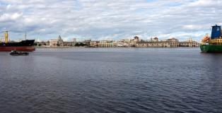 Fachada-marítima-de-La-Habana-Vieja