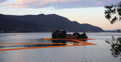 Image_00_The Floating Piers
