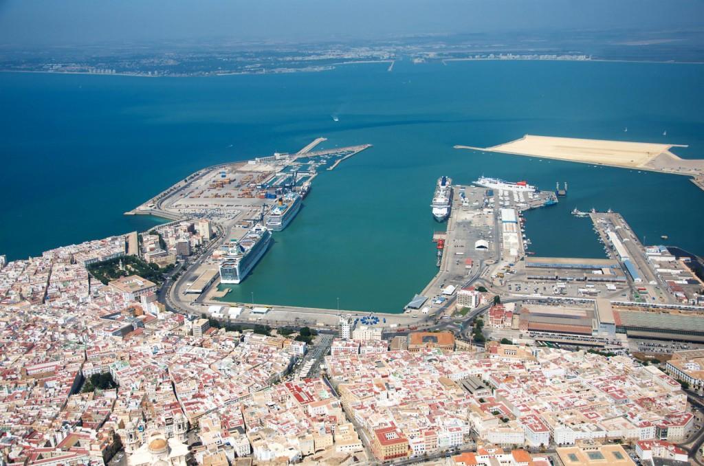 PORTUS-38-PORTRAIT-CADIZ_00_Ciudad-puerto-bahia