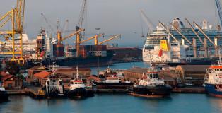 Image_00_Porto commerciale Livorno